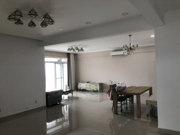 ban can ho riverside residence lau cao view song 180 m2